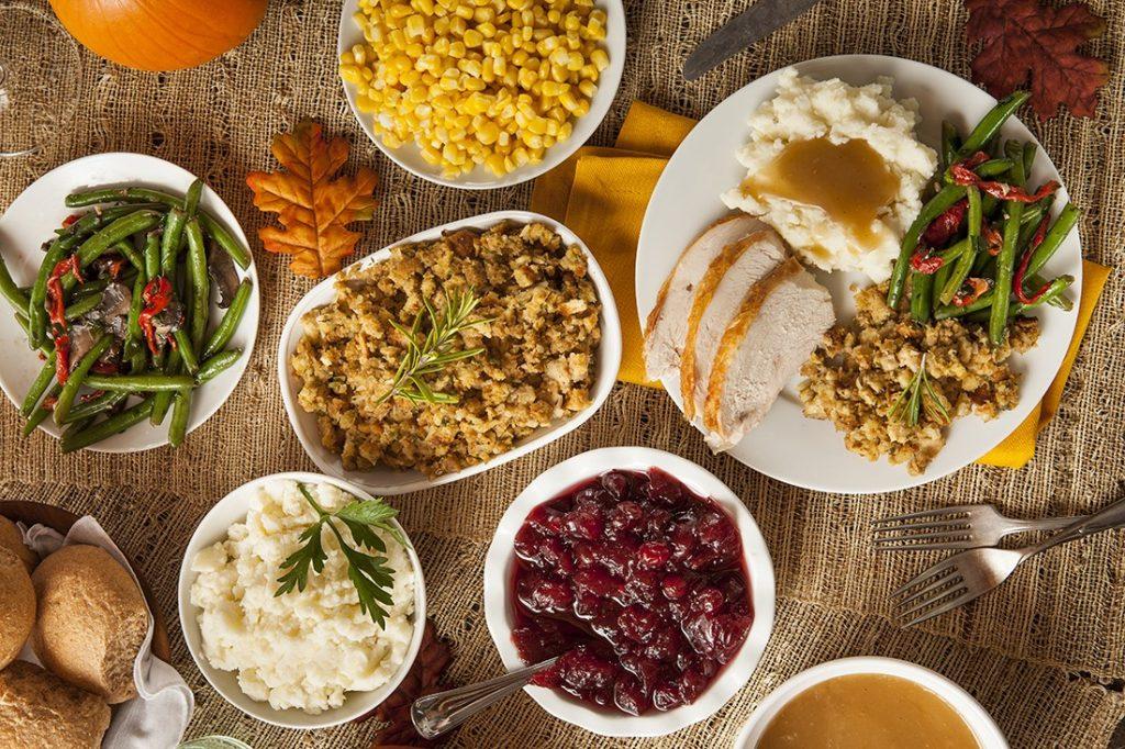 thanksgiving-dinner-brick-landing-2016