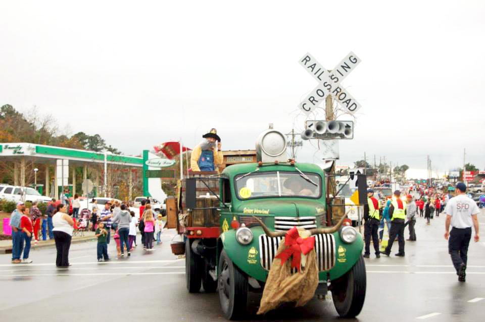 Shallotte-Christmas-Parade